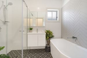 The Main Bathroom of Adams Street Maitland.