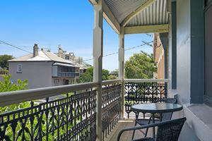 Second Balcony - Vista Apartment